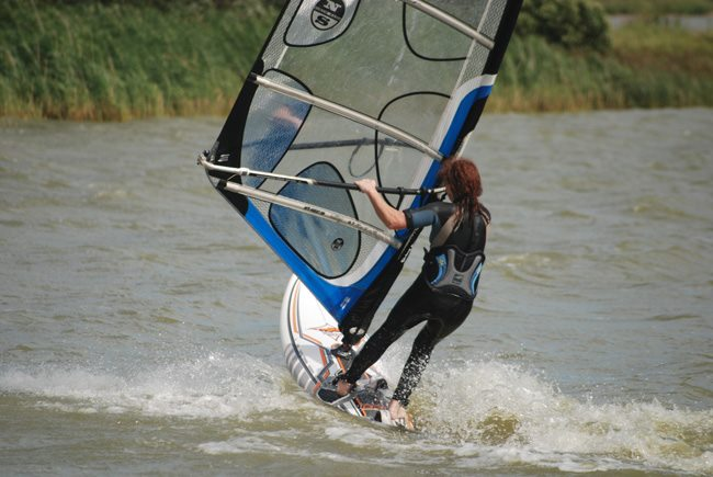 Intermediate / Advanced windsurfing lesson at Rye watersports