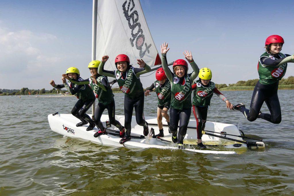 kids dinghy sailing course
