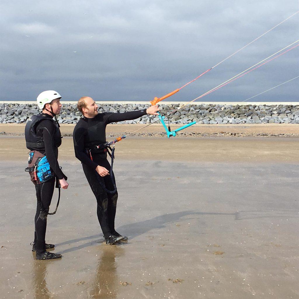 nick teaching kite handling on camber beach